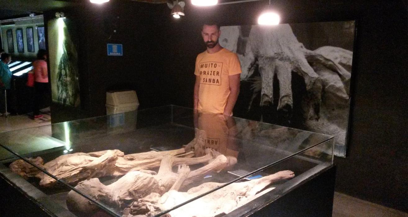Ricardo no Museu das Múmias (as outras fotos achei tão fortes que achei melhor não postar)