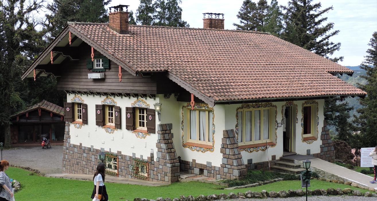Casa linda por fora...