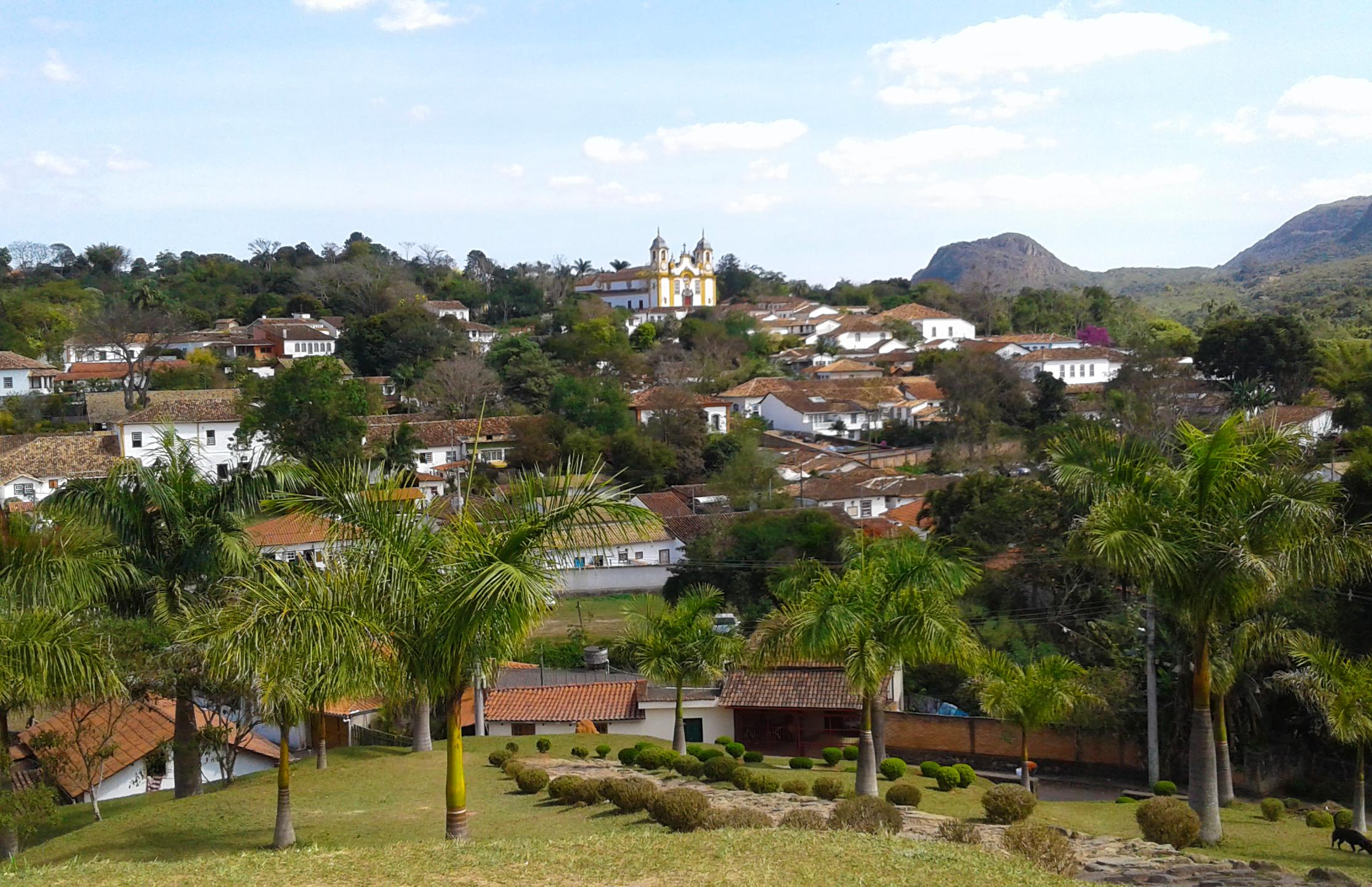 tiradentes-vista-panoramica-colina