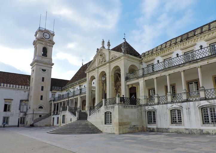 passeios-bate-e-volta-de-lisboa-universidade-coimbra-portugal-1