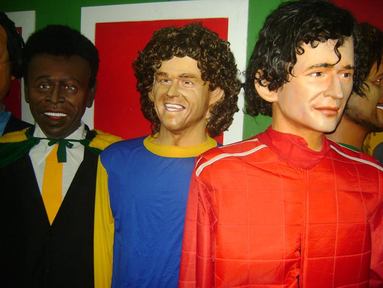 museu-bonecos-de-olinda-esportistas