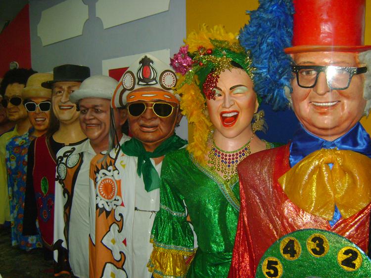 museu-bonecos-de-olinda-famosos