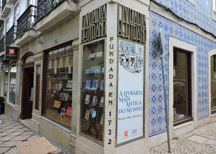 lugares-portugal-literatura-livraria-bertrand