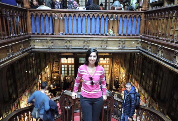 lugares-portugal-literatura-livraria-lello