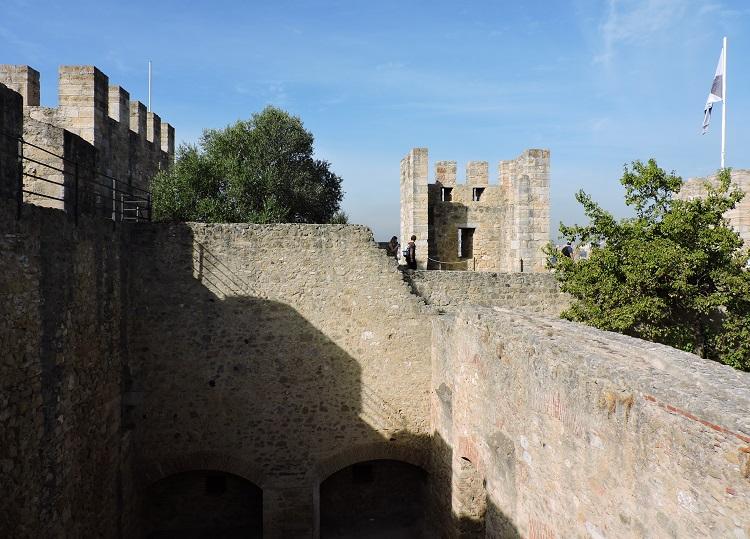 castelo-de-sao-jorge-lisboa-torres