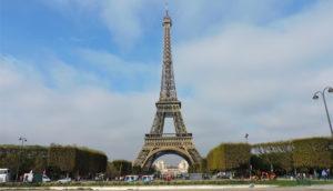 hospedagem-em-paris-vista-torre-eiffel
