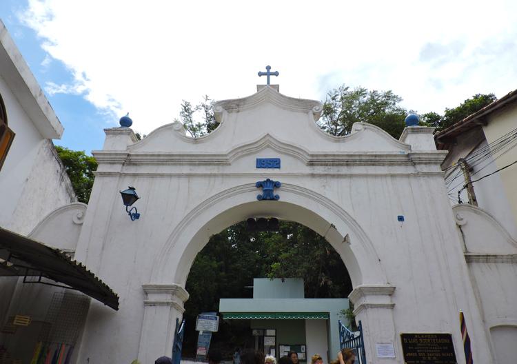 visita-ao-convento-da-penha-entrada