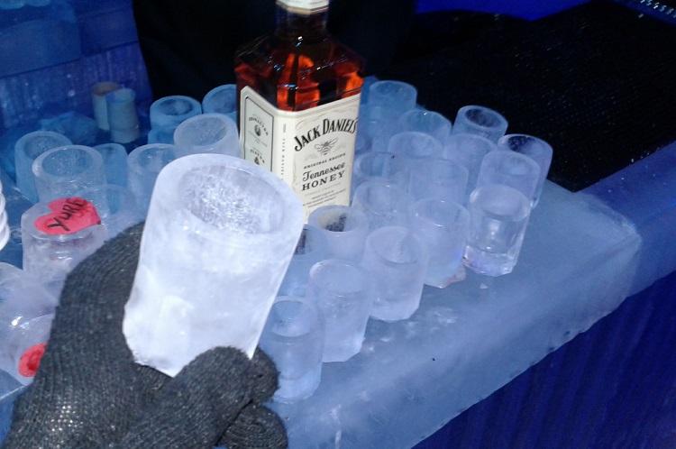 bar-de-gelo-rio-de-janeiro-copo