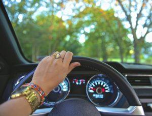 aplicativos-transporte-com-motoristas-mulheres