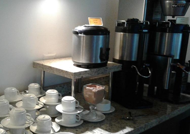 onde-ficar-em-santiago-hotel-diego-de-velazquez-cafe1