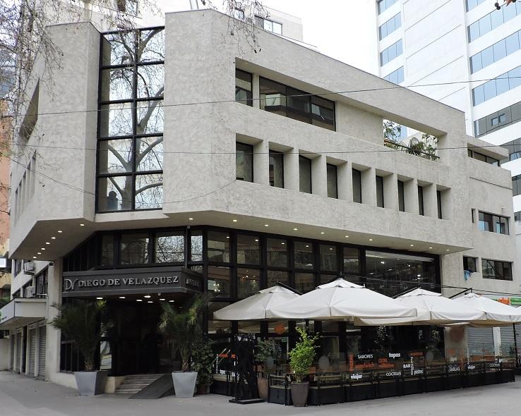 onde-ficar-em-santiago-hotel-diego-de-velazquez-frente