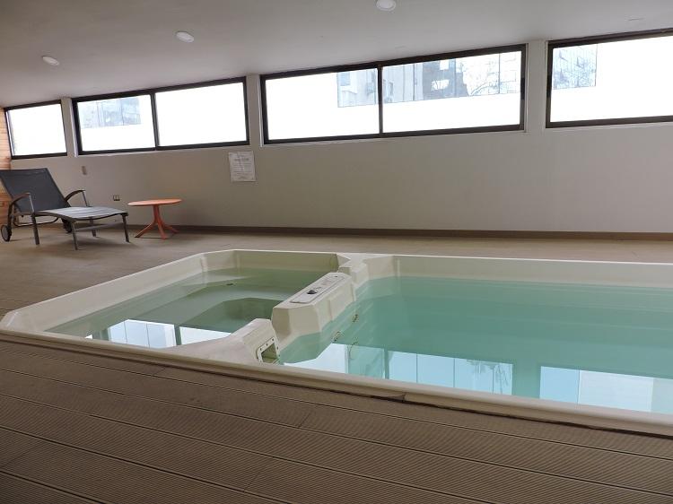 onde-ficar-em-santiago-hotel-diego-de-velazquez-piscina
