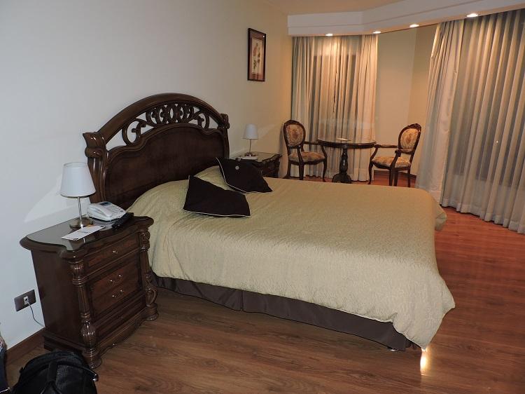 onde-ficar-em-santiago-hotel-diego-de-velazquez-quartoo