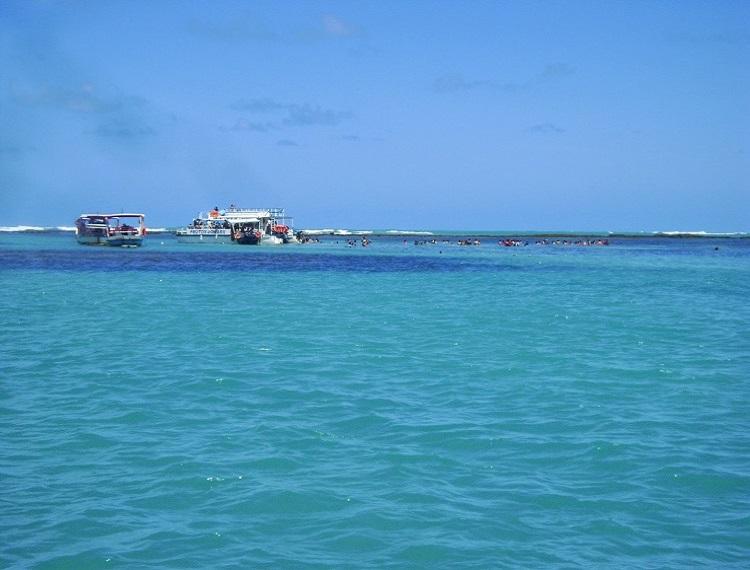 Passeio s piscinas naturais de maragogi em alagoas for Piscina vilassar de mar