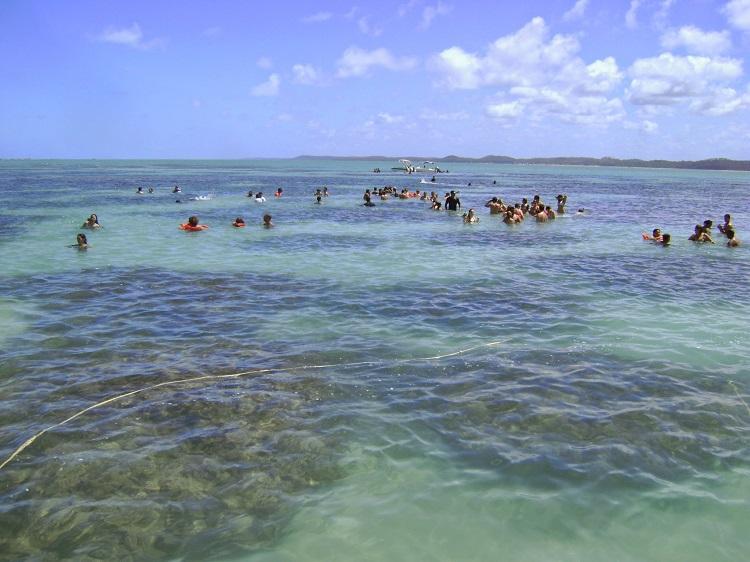 piscinas-naturais-de-maragogi-pessoas