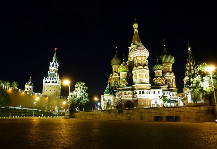 moscou-russia-terceiro-jogo-brasil-copa-noite