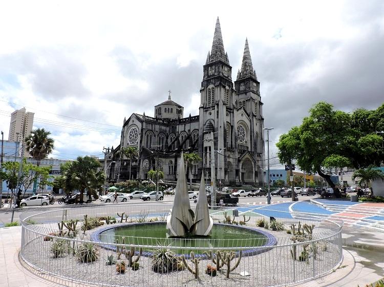 o-que-fazer-em-fortaleza-catedral