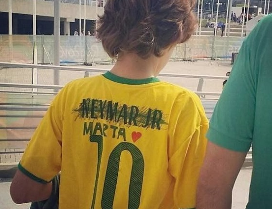 futebol-feminino-camisa-marta