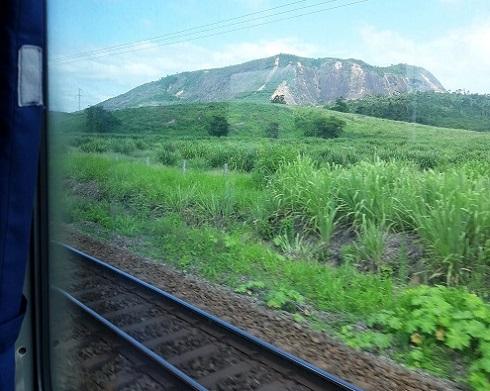 viagem-de-trem-no-brasil-vitoria-minas2