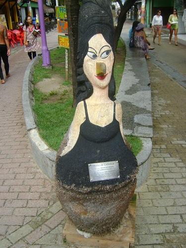 porto-de-galinhas-o-que-fazer-esculturas