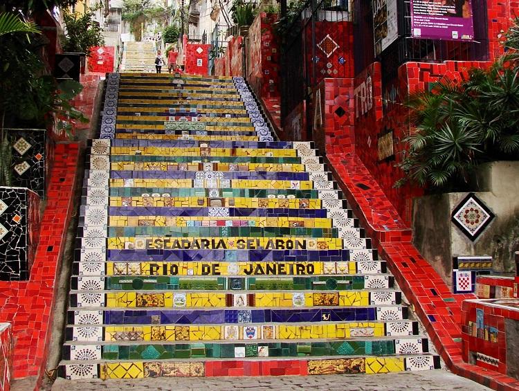 o-que-fazer-santa-teresa-escadaria-selaron-rio