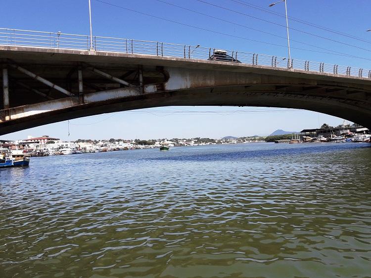 viajando-sozinha-espirito-santo-guarapari-canal-ponte