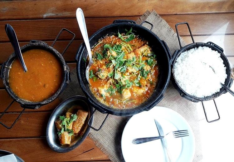 viajando-sozinha-espirito-santo-serra-jacaraipe-restaurante