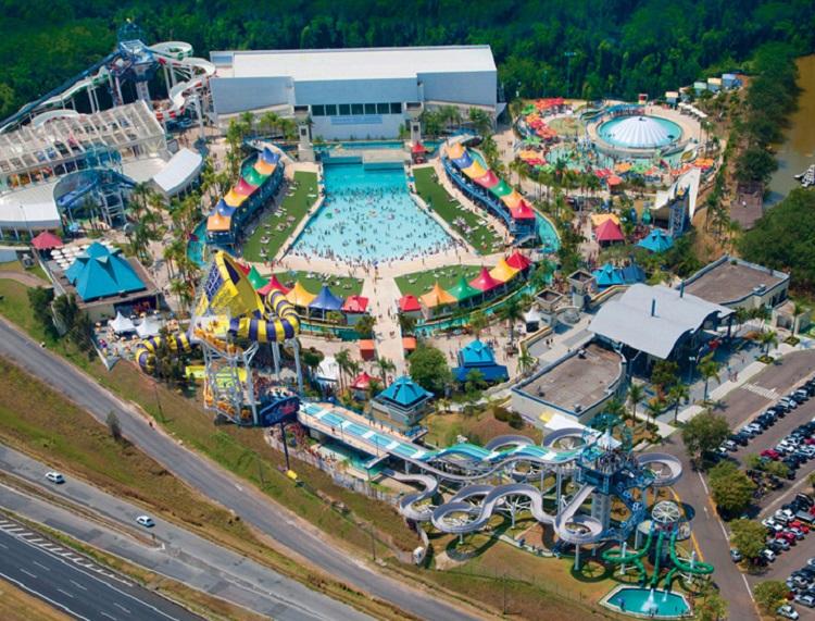 parques-aquaticos-brasil-wetn-wild-sp3